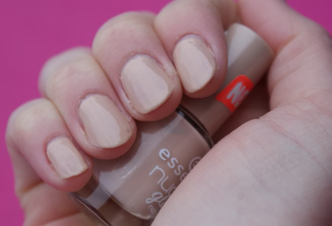 essence cosmetics nude glam nail polish ( Nr. 03 cookies